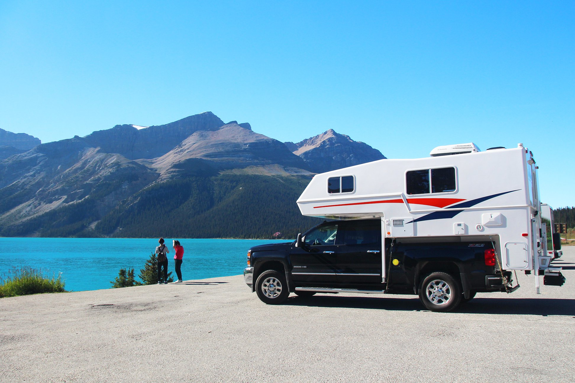 578f6148343716 Canadream Truck Camper by Canadian Lake