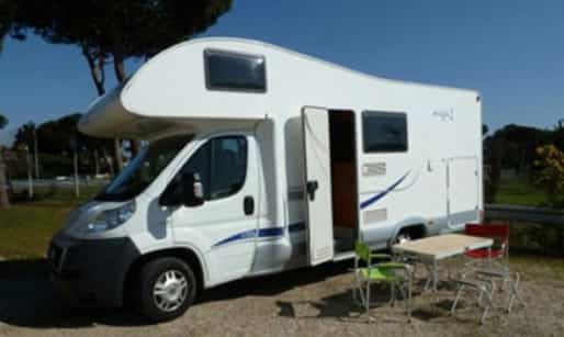 b0dba5348e1778 Italy 4-berth motorhome with shower from Pure Campers